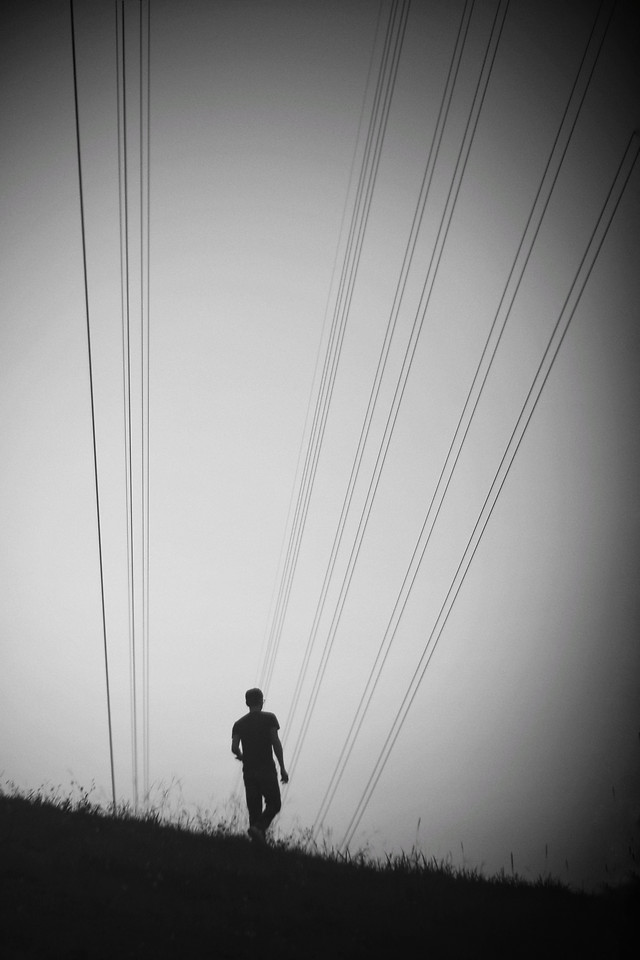people-no-person-silhouette-one-black 图片素材