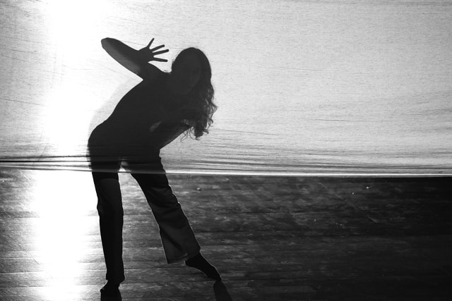 dance-black-and-white-black-standing-water picture material