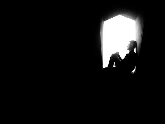people-silhouette-portrait-shadow-one 图片素材