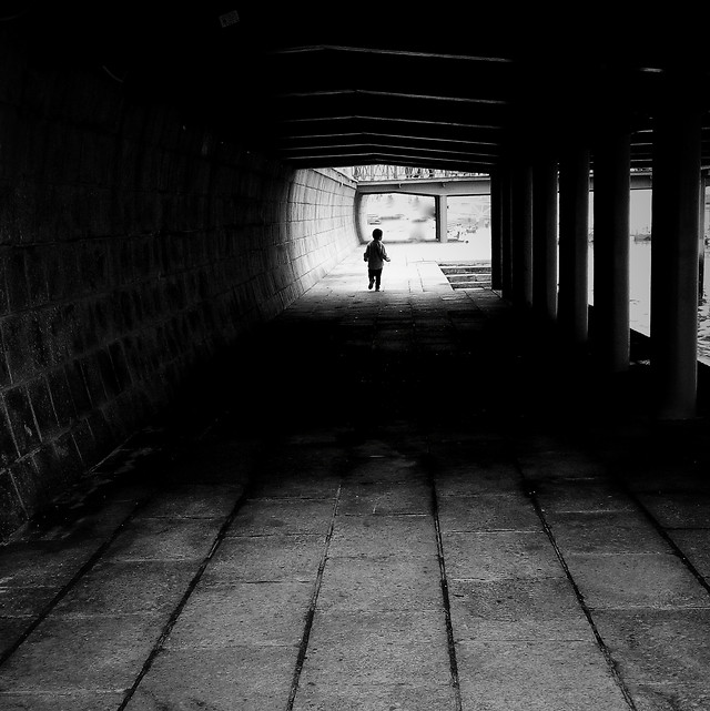 monochrome-subway-system-tunnel-dark-abandoned picture material