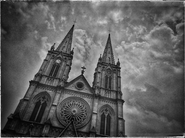 church-architecture-religion-goth-like-cathedral picture material