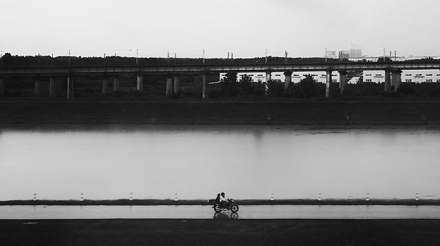 river-vehicle-people-water-watercraft 图片素材
