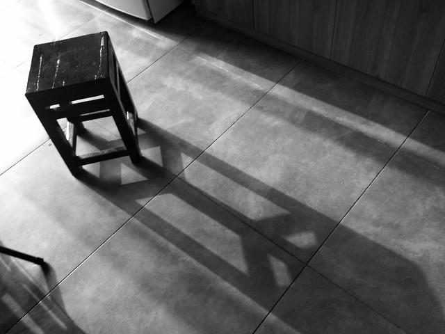 monochrome-black-no-person-floor-indoors 图片素材