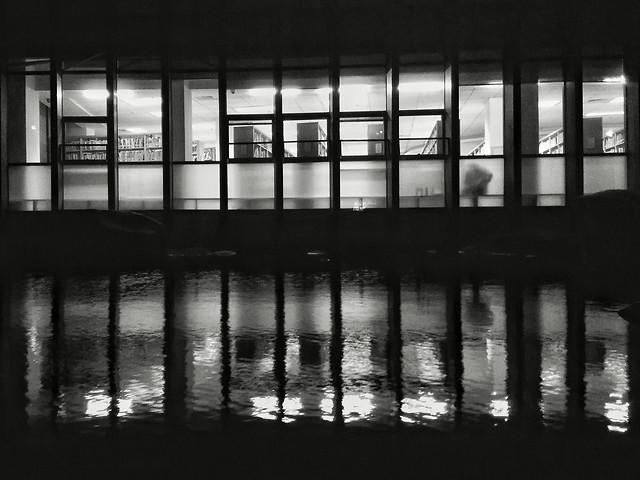 monochrome-reflection-no-person-water-architecture picture material