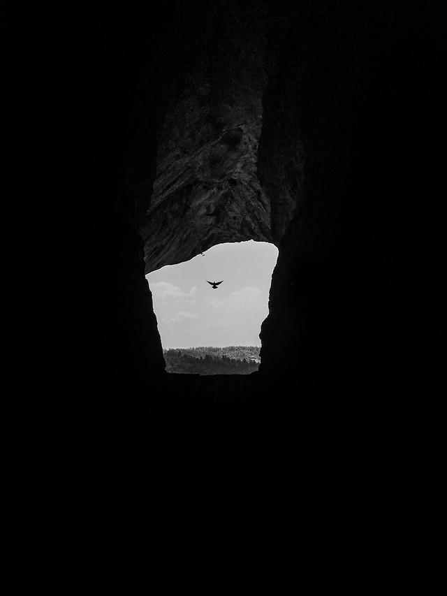 no-person-dark-cave-black-white picture material