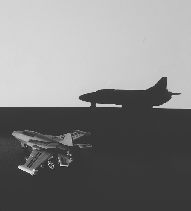 airplane-aircraft-aviate-military-silhouette picture material