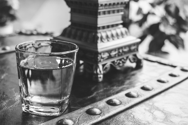 monochrome-no-person-black-white-glass-monochrome-photography 图片素材