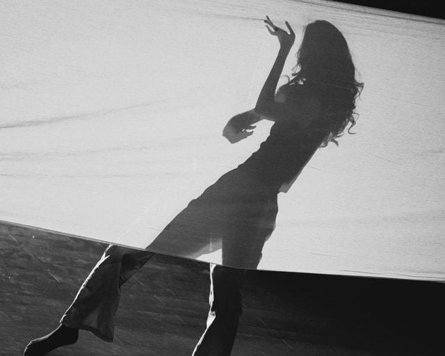 dance-black-and-white-white-skateboarder-skateboard picture material