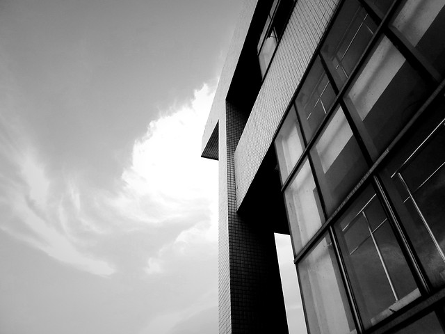monochrome-window-architecture-no-person-city 图片素材