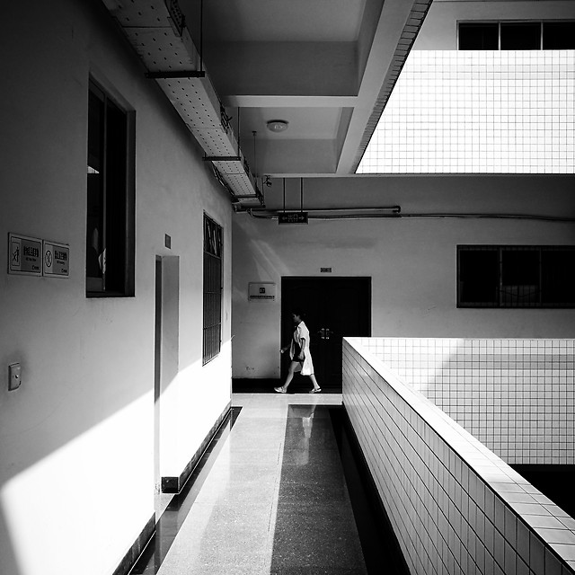 monochrome-indoors-room-black-architecture picture material