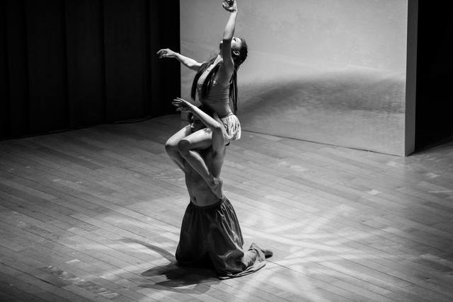 black-and-white-dance-for-two-dancer-dance-performing-arts picture material