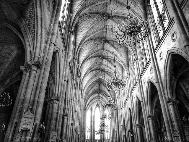 church-goth-like-cathedral-architecture-religion picture material
