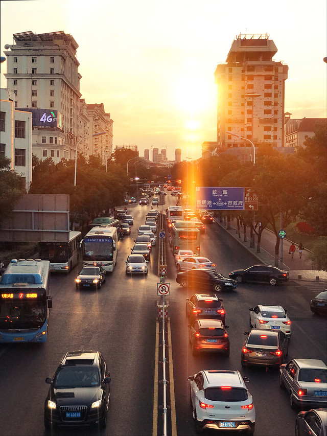 road-transportation-system-traffic-travel-metropolitan-area 图片素材