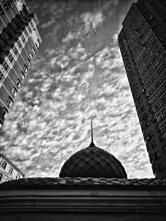 monochrome-architecture-sky-no-person-city picture material