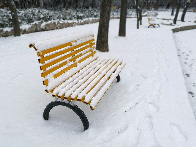 snow-winter-cold-frost-bench picture material