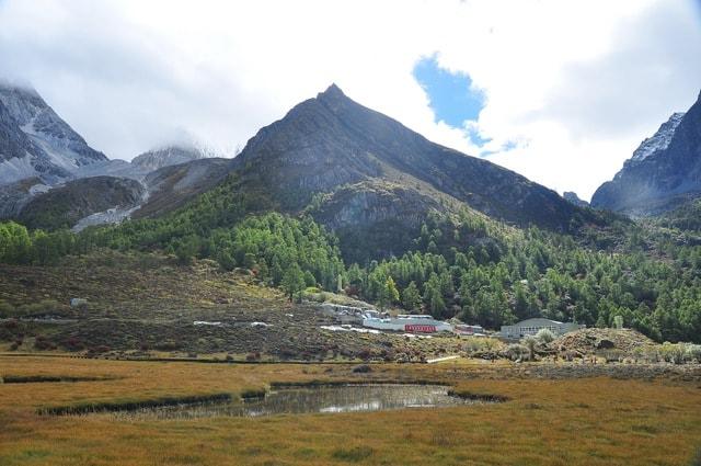 sichuan-daocheng-yading-mountainous-landforms-highland-mountain 图片素材