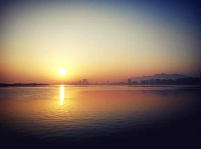 sunset-dawn-sun-water-evening 图片素材