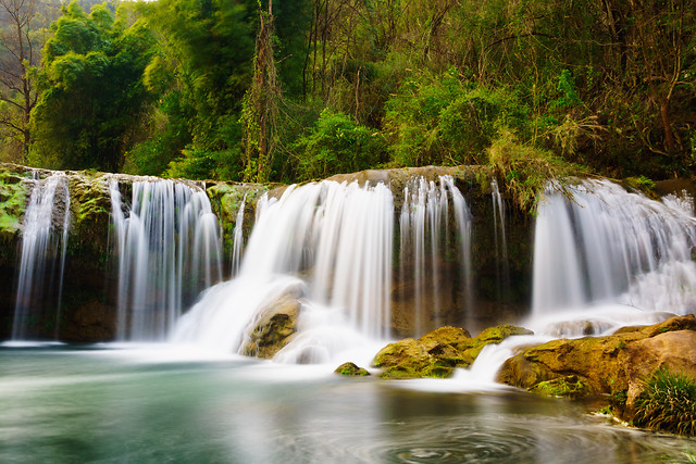 waterfall-water-river-stream-cascade 图片素材