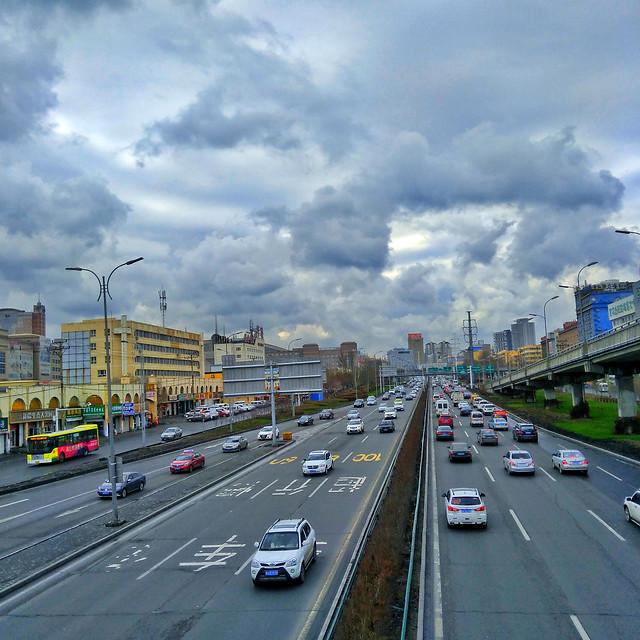 transportation-system-road-traffic-car-highway 图片素材