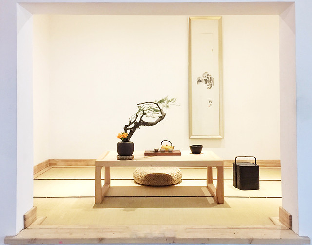 room-furniture-table-inside-indoors picture material