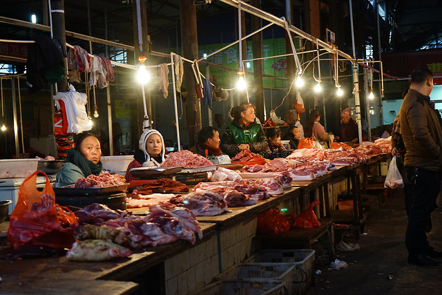 market-people-commerce-sell-merchant 图片素材