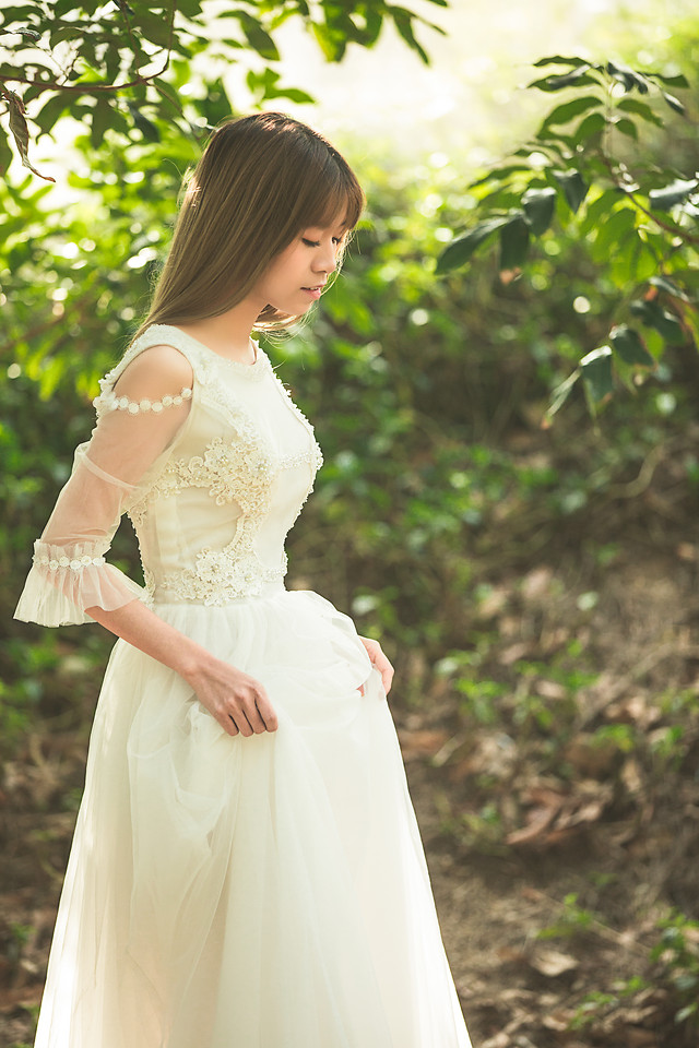 wedding-nature-bride-gown-fashion picture material