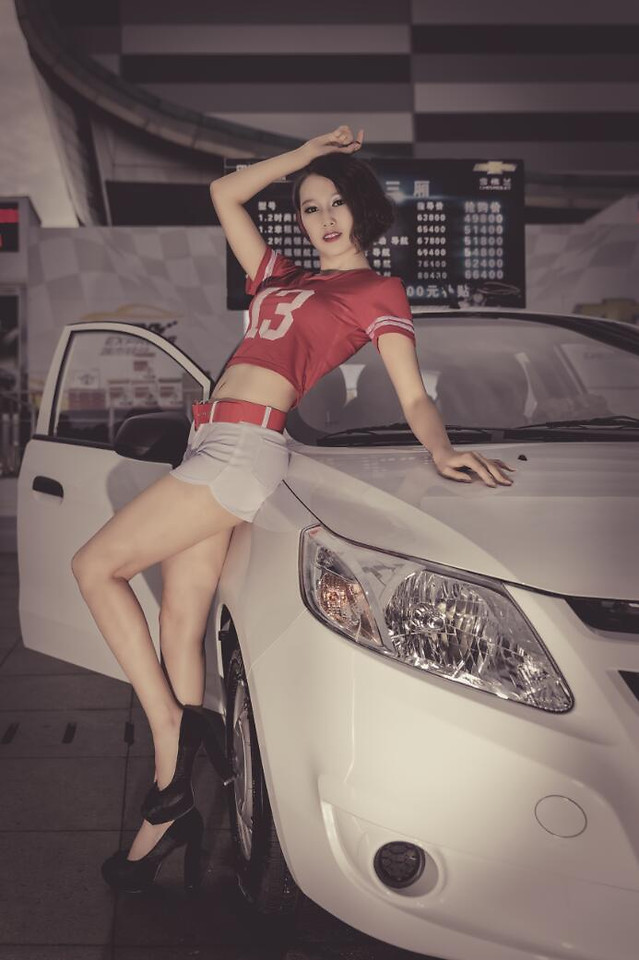 car-vehicle-woman-indoors-transportation-system picture material