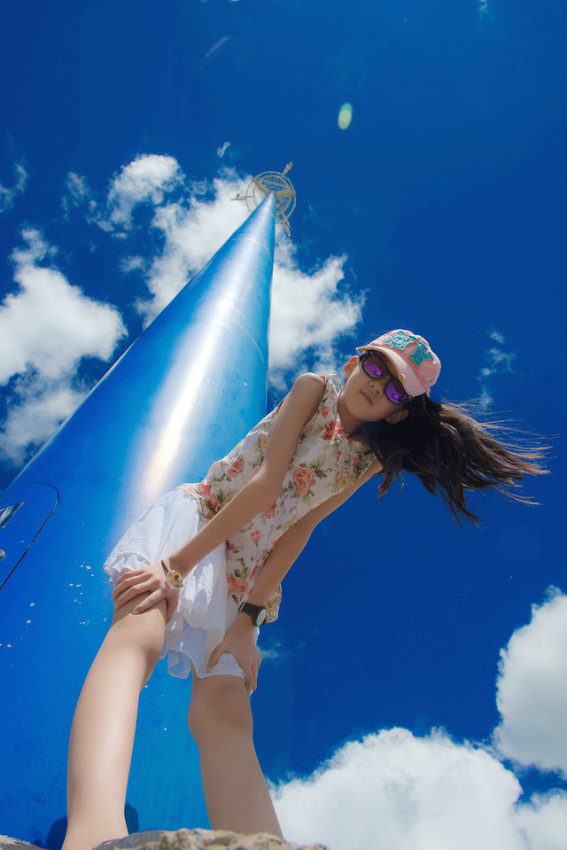 woman-sky-people-girl-blue picture material
