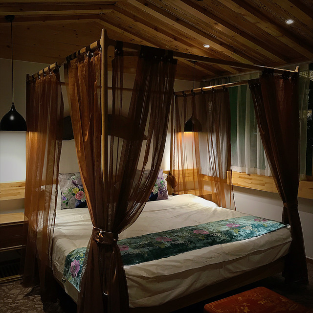 bed-bedroom-curtain-furniture-hotel picture material