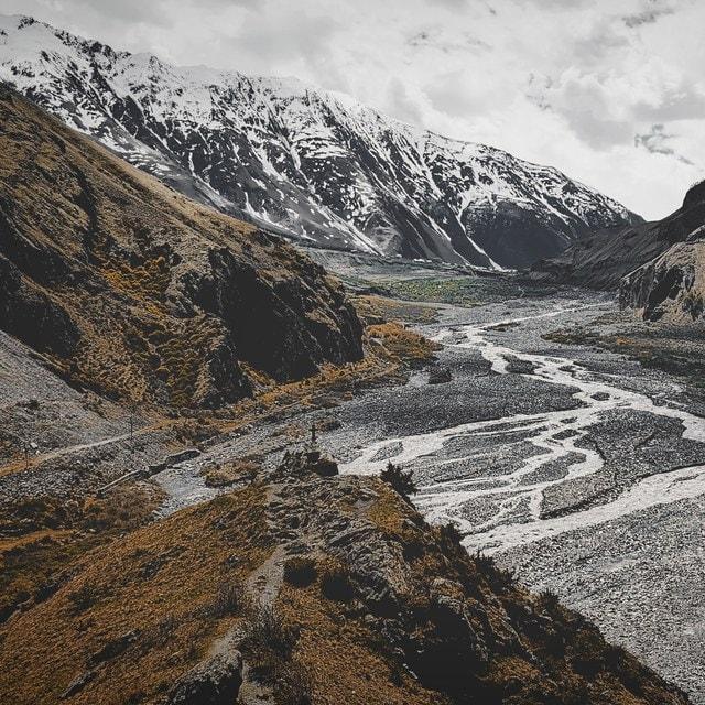 mountainous-landforms-mountain-highland-geological-phenomenon-mountain-range 图片素材