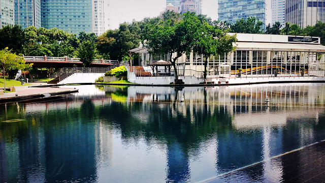 water-river-reflection-building-travel 图片素材