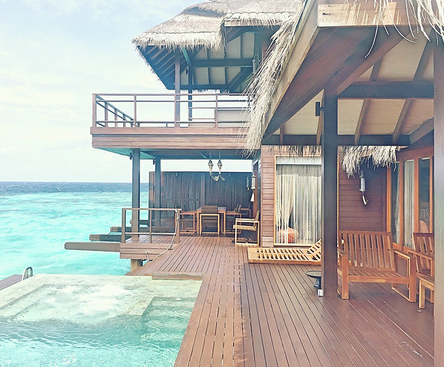 luxury-water-hotel-resort-wood picture material