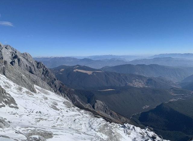 mountainous-landforms-ridge-mountain-range-mountain-sky picture material