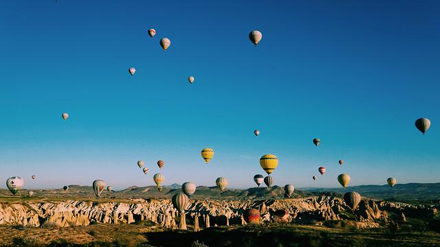 balloon-hot-air-ballooning-sky-hot-air-balloon-nature picture material