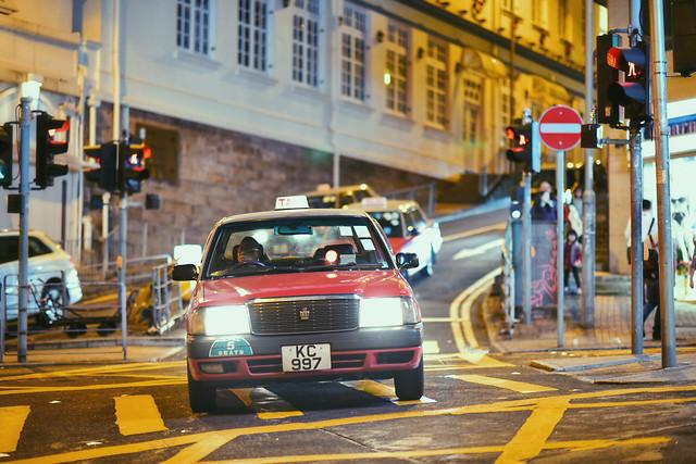 car-traffic-street-road-transportation-system 图片素材