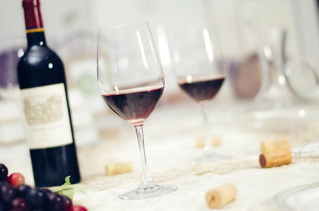 wine-red-wine-glass-dining-alcohol 图片素材