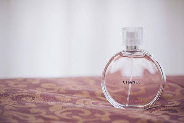 no-person-glass-perfume-glass-items-health picture material