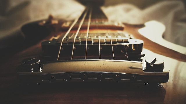 guitar-instrument-music-bowed-stringed-instrument-sound picture material