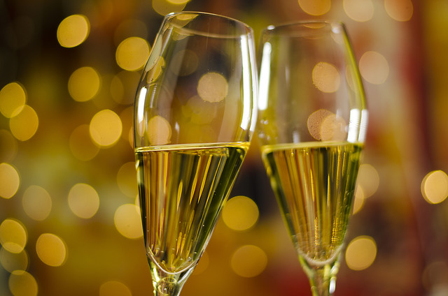 champagne-party-glass-alcohol-wine picture material