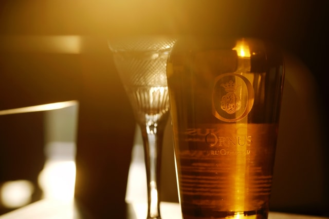 language-of-wine-drink-light-alcohol-lighting picture material