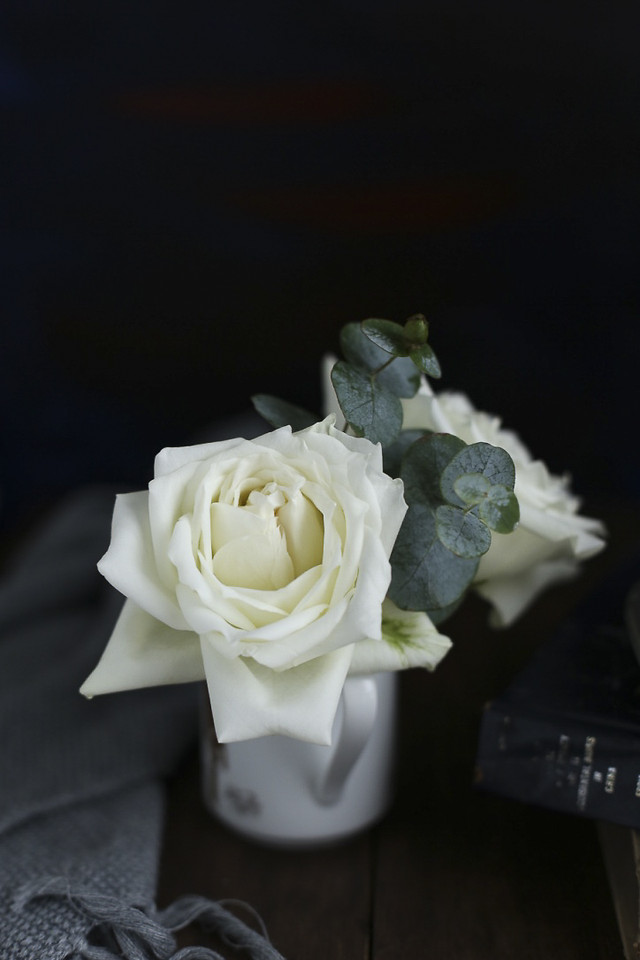 wedding-rose-love-flower-romance picture material