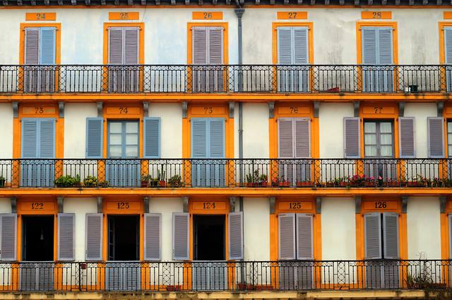 architecture-window-building-house-facade picture material
