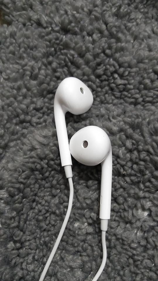 no-person-desktop-black-white-closeup-audio-equipment picture material