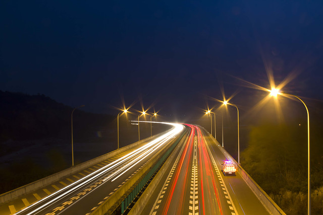 highway-fast-blur-road-traffic picture material