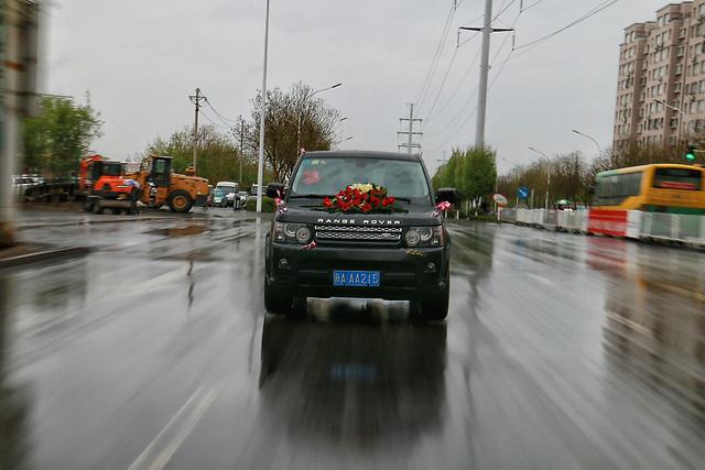 car-road-transportation-system-blur-traffic 图片素材