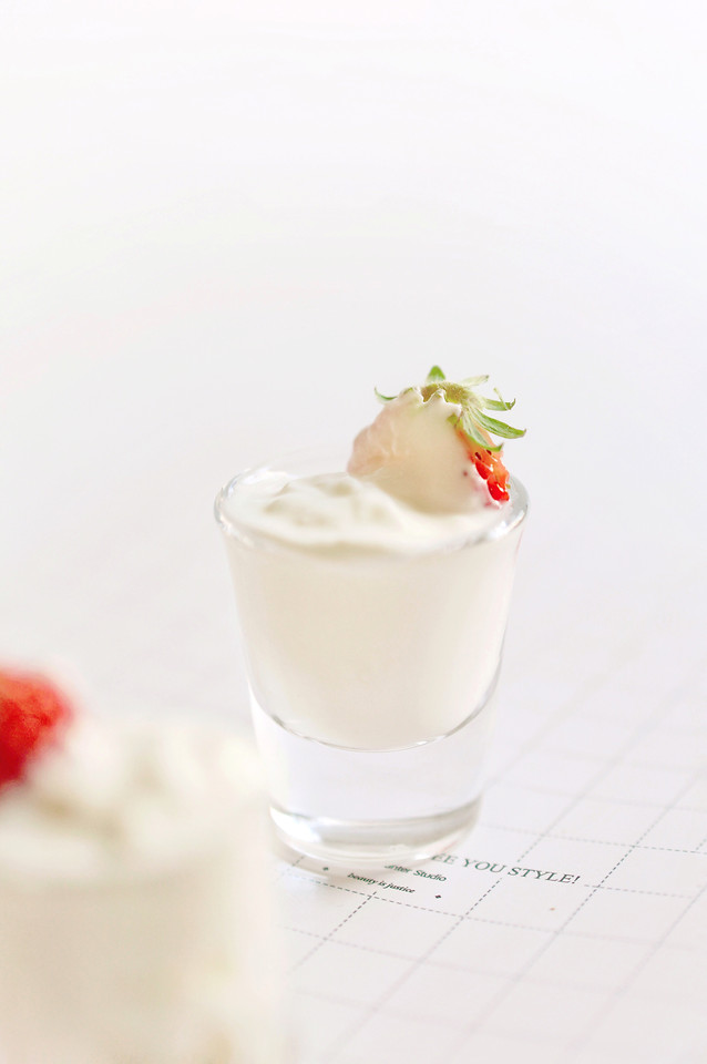no-person-milk-cream-delicious-yogurt picture material