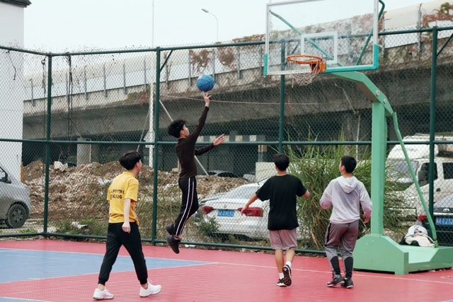 motion-vitality-street-layup-basketball picture material