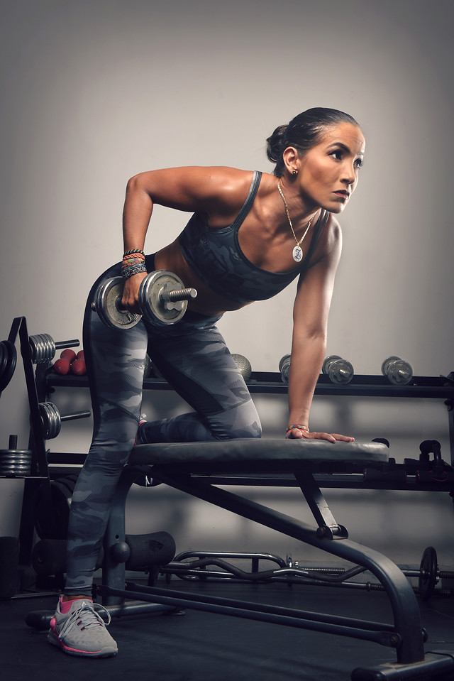 adult-exercise-woman-athlete-strength picture material