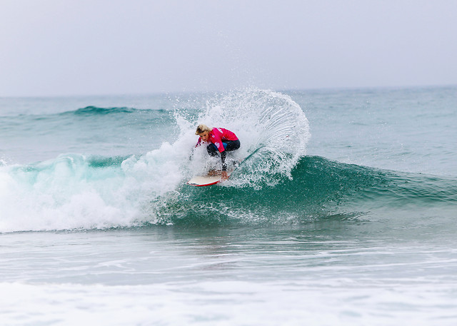 surf-surfboarding-water-ocean-action picture material