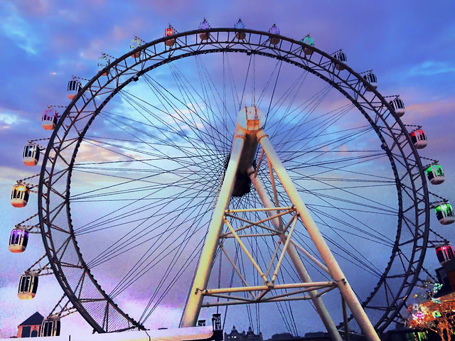 entertainment-carousel-carnival-ferris-wheel-fairground 图片素材